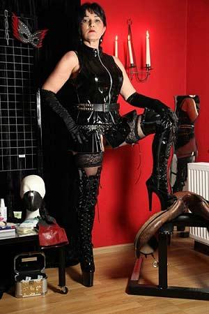 Erotische massage gelderland meester zoekt slaaf
